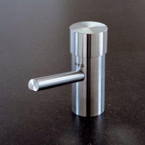 FS 3 - Flüssigseifen-spender für Unter-tischmontage-0